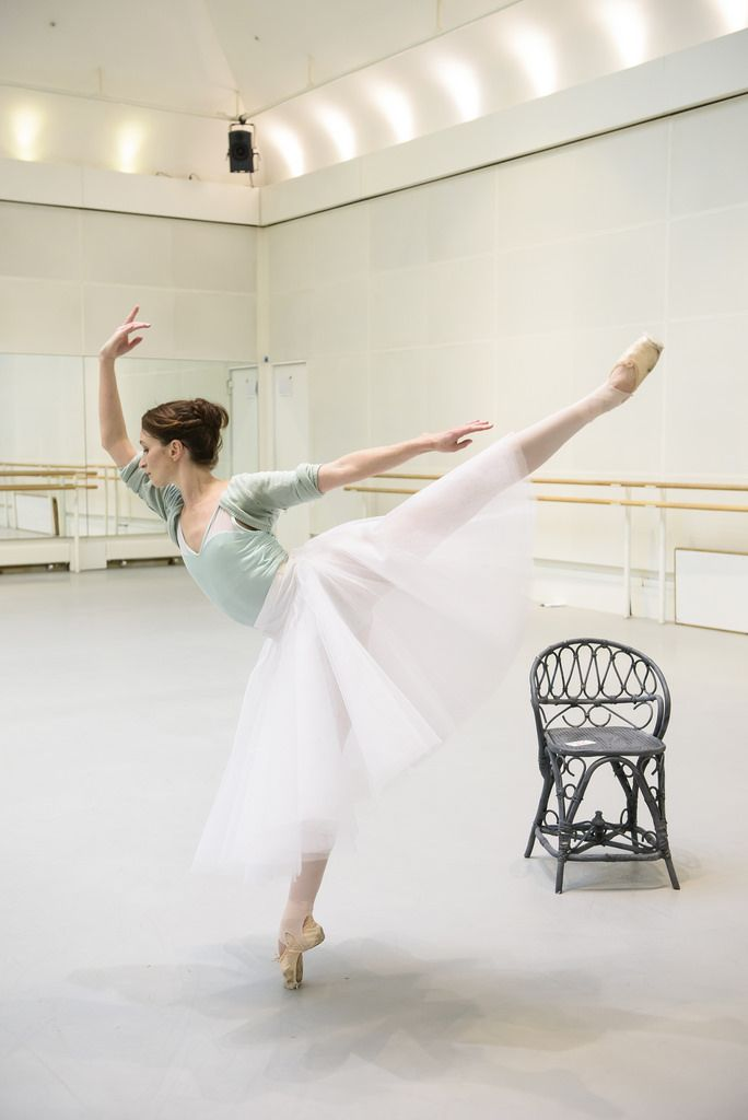 Lauren Cuthbertson as the Young Girl in rehearsal for The Two Pigeons / Photo © Bill Cooper/ROH 2015