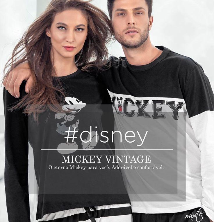 Mickey Vintage. Fashion trend! O eterno Mickey para você. Mais detalhes: http://goo.gl/B1ilCS No Pinterest: https://goo.gl/yh6vBa #disney #mickey #ultimolookdodia #lindaemcasa #pijamas #modaintima #fallwinter2015 #inverno2015 #conforto #mulher #woman