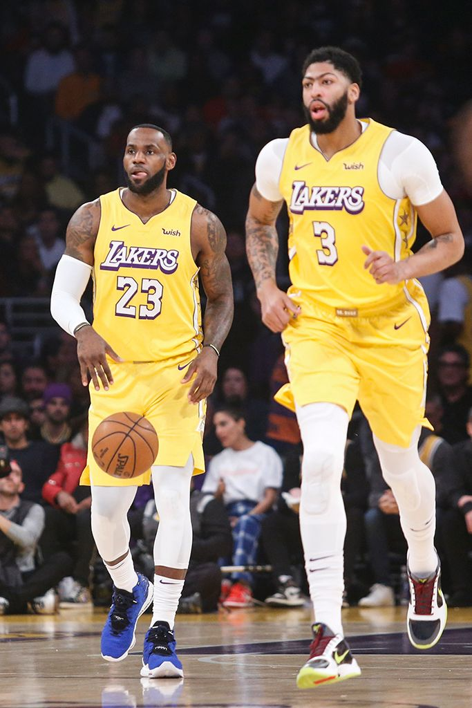 9 Of The Best Sneakers During Christmas Nba Games Lebron James Lakers Nba Lebron James Lebron James And Wife