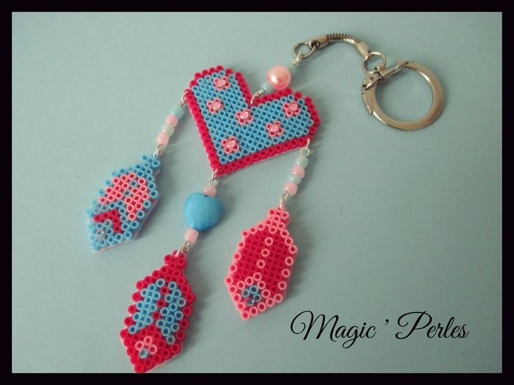 Porte Clés Rêves-Love rose et bleu - Heart dreamcatcher keychain hama perler beads by Magic-perles