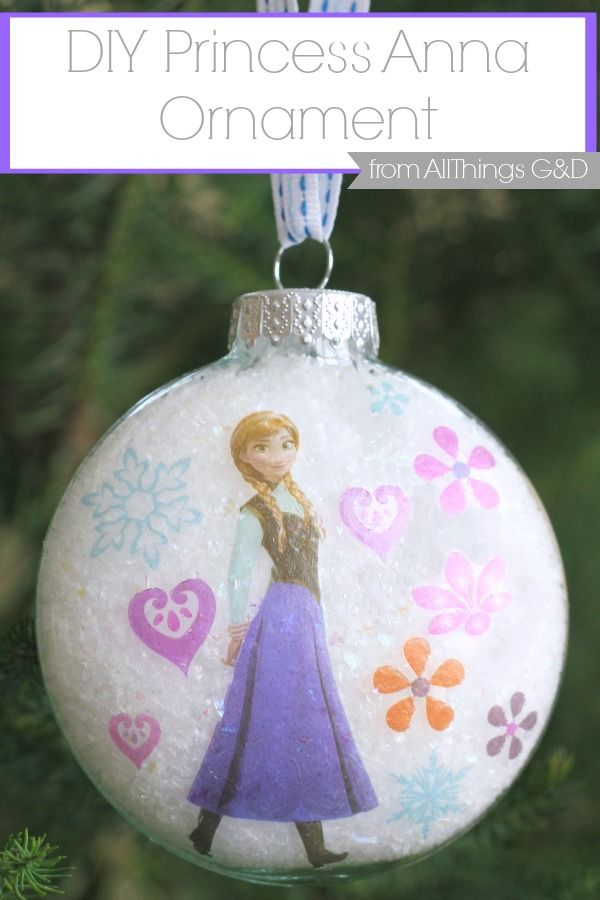 DIY Princess Anna Ornament made using tattoos - it couldn't be easier! |Cute craft for the kids to make at the Christmas party.