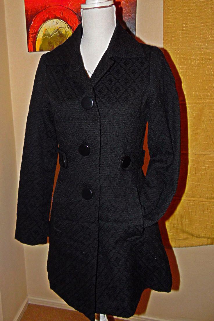 Abrigo negro talla S $8000
