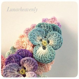 Вязаные цветы-миниатюры Lunarheavenly (подборка) / Вязание / ВТОРАЯ УЛИЦА