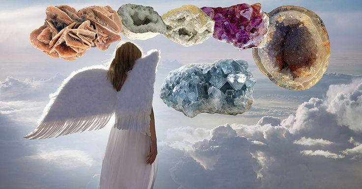 Pietrele semipretioase si cristalele asociate arhanghelilor Cristale naturale asociate arhanghelilor. Proprietati terapeutice si spirituale. Putem beneficia de acest ajutor lucrand cu piatra semipretioasa asociata fiecarui Arhanghel.