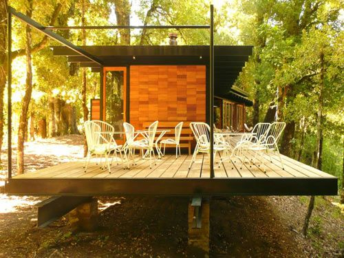 recycled-materials-cottage-5