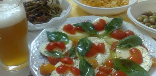 #caprese #scamorza #pomodori e #basilico