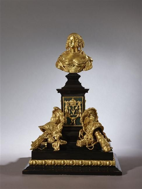 Monument of Marie Thérèse made in 1667 - attributed to Hyacinthe Riguad