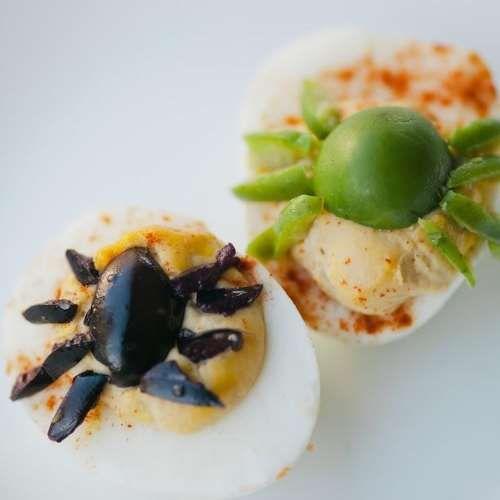 Gefüllte Eier mit Spinnen für Halloween Rezept - Alle Rezepte Deutschland