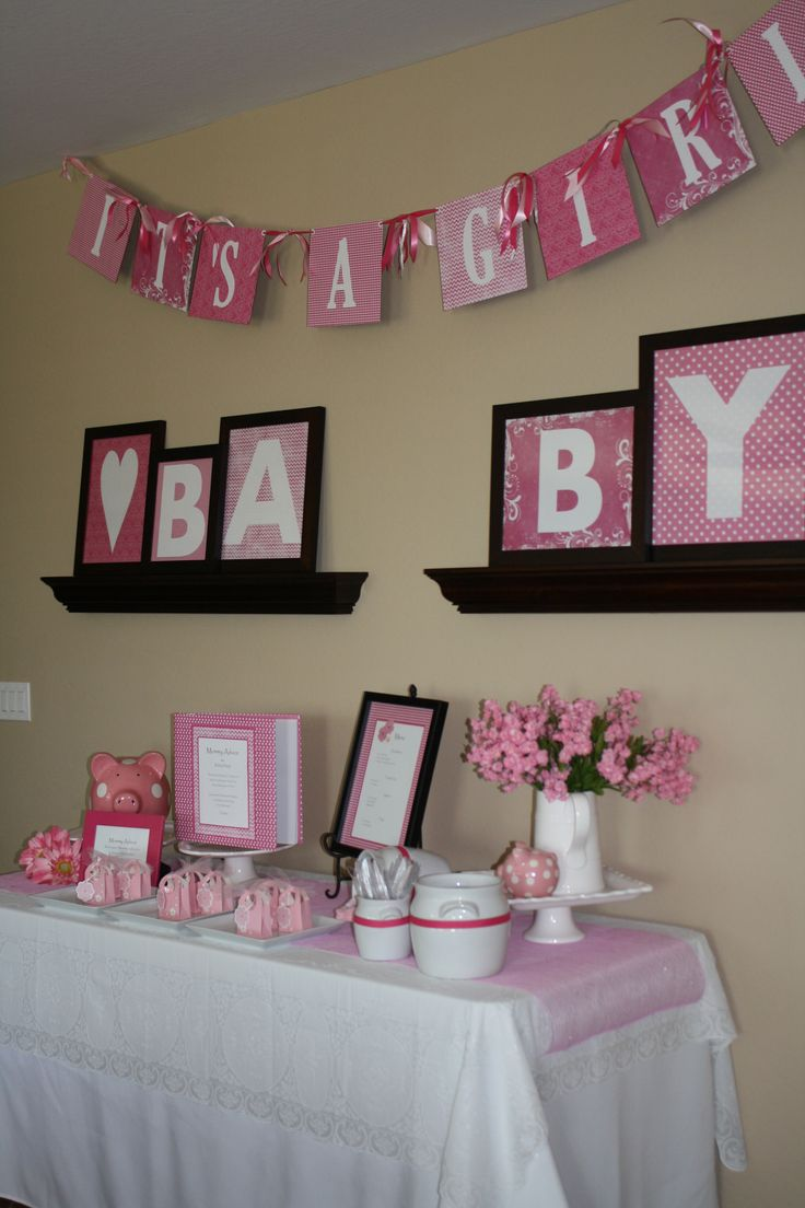 Baby girl shower love the pink pig for my niece reese for Baby girl shower decoration ideas
