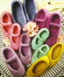 Fiber Trends AC 14 Knit & Felted Ballet Slippers