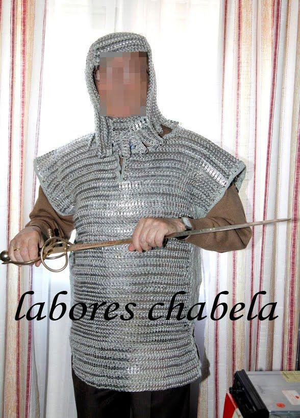 hola amigos aqui les pongo unos gorros que me pidieron para los carnavales, para completar unos trajes de egipcios y romanos y aparte un cha...