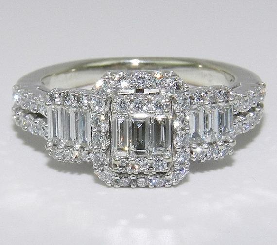 14K White Gold 3Stone Brilliant 1 ct Diamond