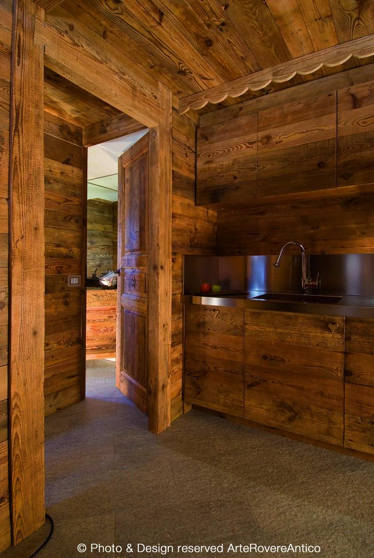 Pi di 25 fantastiche idee su arredamento antico cucina su for Caratteristiche di interior design della casa colonica