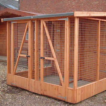 Two Section Pet Hut and Run