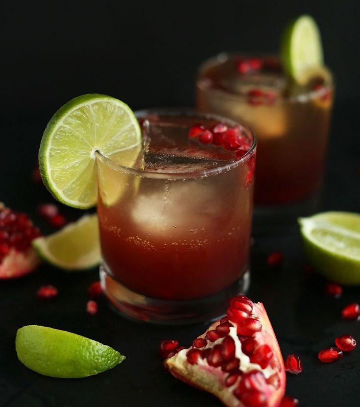 7 Low-Calorie Holiday Cocktails