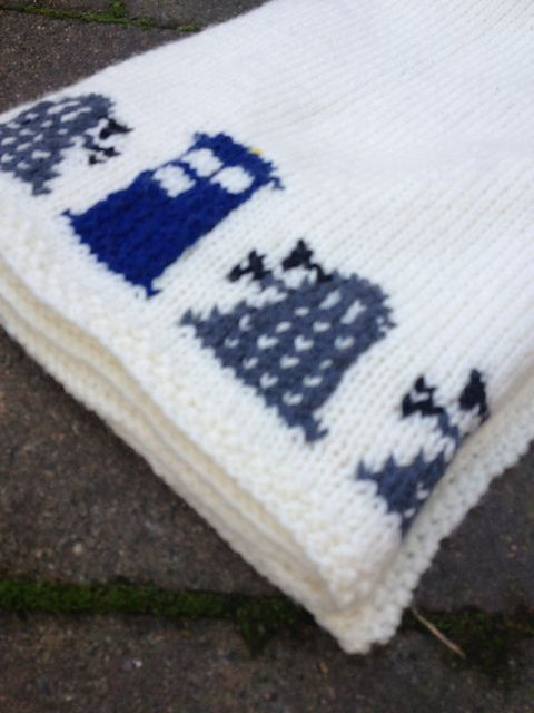 Ravelry: DeeSyd's Dr who and Zelda baby blanket