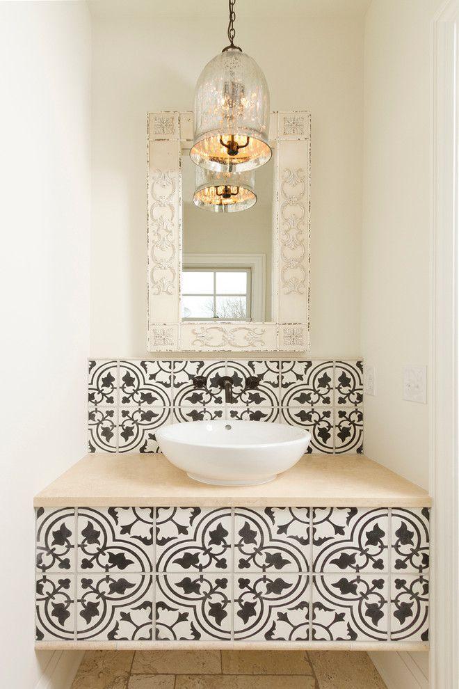 Накладная раковина на столешницу: 75+ воплощений эргономики и эстетики в ванной комнате http://happymodern.ru/rakovina-dlya-vanny-nakladnaya-na-stoleshnicu/ Круглая белая раковина из фаянса