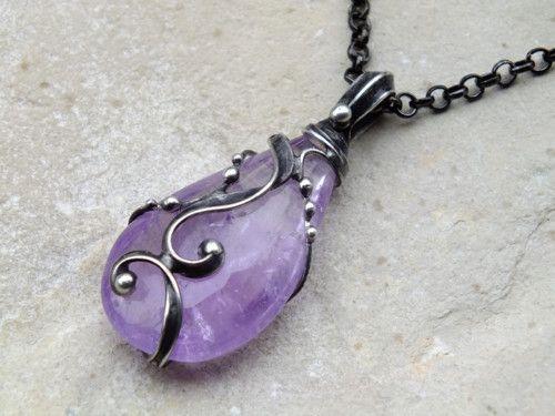 Ametystová kapka - náhrdelník