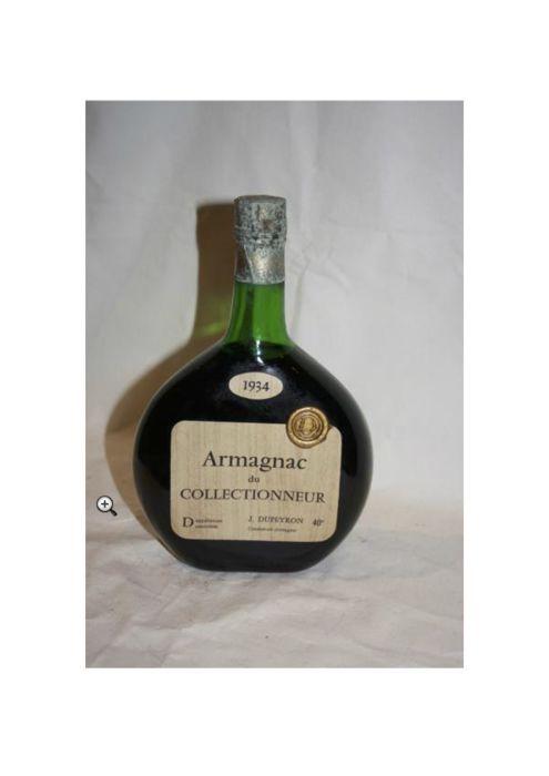 Millésime 1934 Armagnac du Collectionneur J. Dupeyron - één fles  Tijdens een proeverij had een fles van de dezelfde vintage jurk een donkere topaz met koperen reflecties helder en duidelijk; een krachtige en rijke neus met tonen van pruimen gedrenkt in een vanille siroop; Frank mond met een mooie frisheid. De tannines zijn nog steeds aanwezig en rijk. Mooie afwerking op specerijen.Overweeg ten slotte dat deze uitzonderlijke vintage kon worden genoten door Katharine Hepburn te vieren haar…