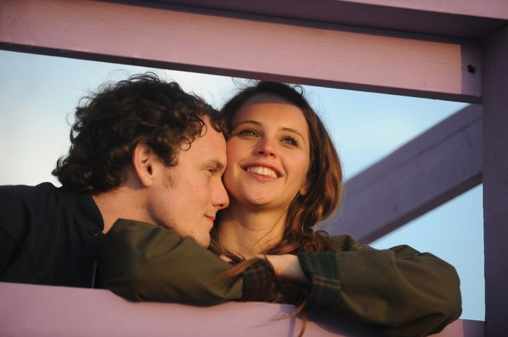 Just watched this movie and LOVED it! Anton Yelchin and Felicity Jones in Like Crazy