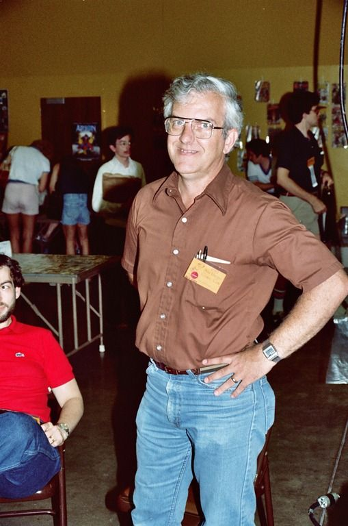 Robert Overstreet (founder of the Overstreet Comic Price Guide) at the 1982 San Diego Comic-Con (photo by Alan Light)