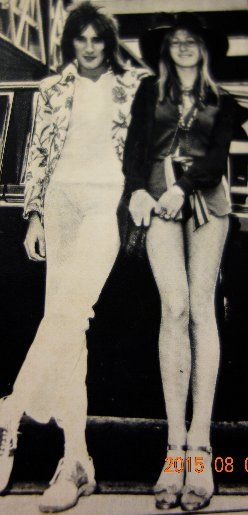 ロッド・スチュワートはいちばん最初の彼女が私は好きだったなあ◇ハリントン?嬢 - 自宅からワイナリーまで電車を通す/ヴィラデストへの道