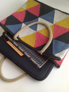 AH jute tas omhaken - SAS shoptas - driehoek / AH jute bag cover - crochet - SAS shopping bag - triangle