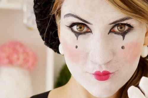 maquillage de mime et déguisement pour Halloween facile
