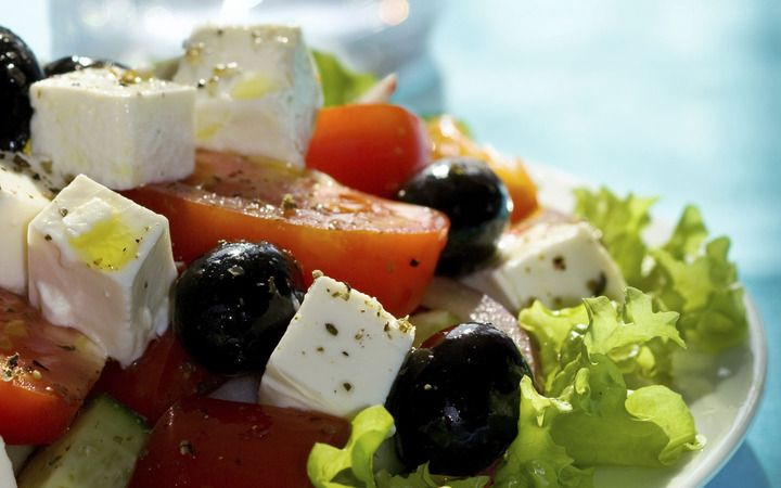 Mediterranean Salad with Feta and Chickpeas from the Cooking Light Diet