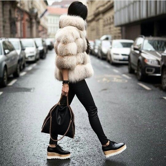 Faux fur fluffy coat with skinny jeans