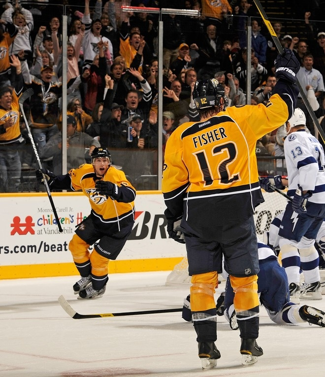 craig smith & mike fisher.My favorite men in one picture (: