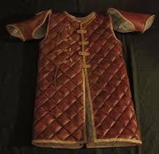 Výsledek obrázku pro středověké oblečení královské družiny