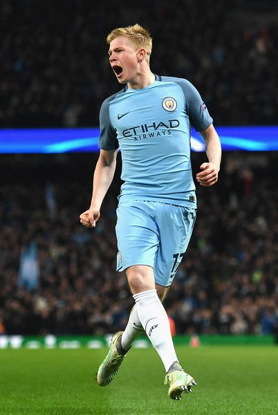 Kevin De Bruyne of Manchester City celebrates scoring his sides second goal during the UEFA Champions League Group C match between Manchester City FC and FC Barcelona at Etihad Stadium on November 1, 2016 in Manchester, England.