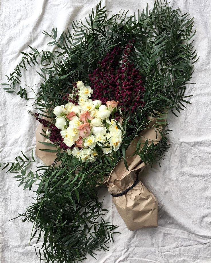 Autumn bouquet: purple boronia, jonquils, vintage roses, pepper berry leaves  By @dittodittoflorals