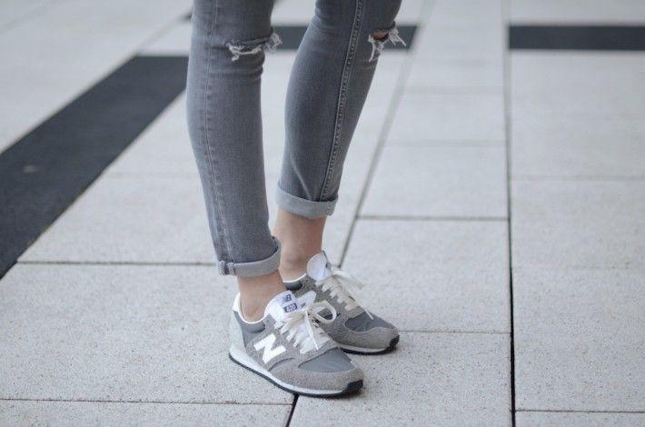 grey new balance 420 trainers