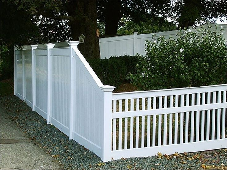 44 Perfect Vinyl Privacy Fence Ideas That Will Make Your Home Stunning Viral Decoration Vinyl Privacy Fence Front Yard Fence Backyard Fences