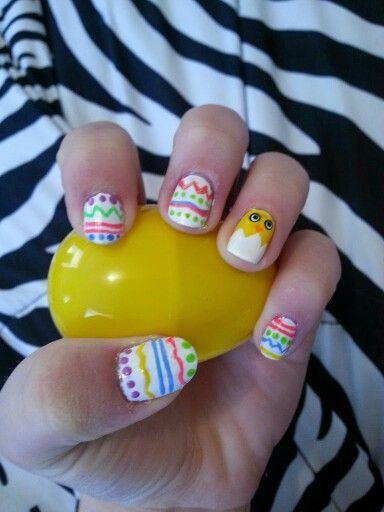 Easter manicure anyone? Yes? Well here you are.