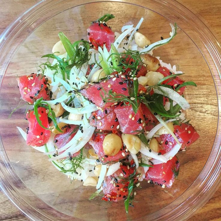 Brooke Williamson Shares Her Signature Poke Bowl Recipe Yellowfin Scallions Seaweed Sesame Seeds