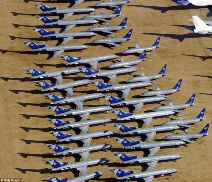 Что делают в США со списанными самолетами