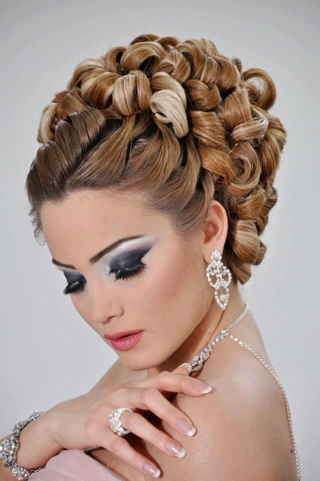 894 Best Curlers And Rollers Images On Pinterest Rollers