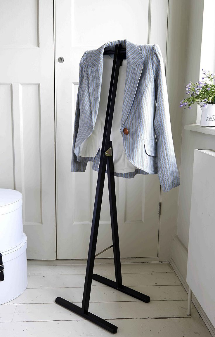 This stunning valet stand is the perfect solution to keeping your clothes neat and tidy. With a simple, contemporary design you can be sure this stand will be the perfect addition to your bedroom storage. Designed and made from beech in Italy this valet stand is of the highest quality.