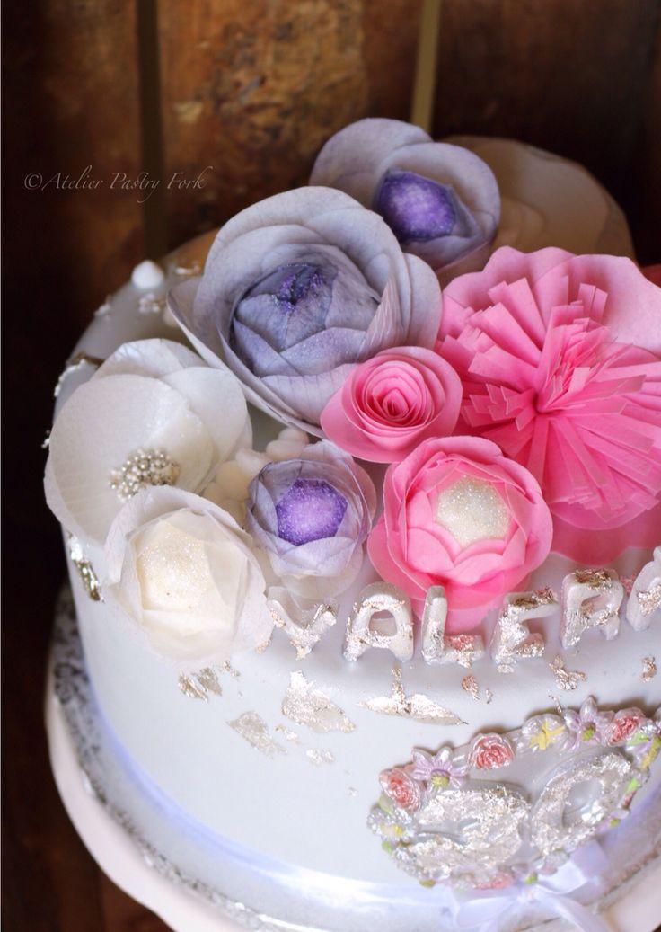 Birthday Cake with wafer paper flowers & edible silver sheets , Tarta cumpleaños con flores de oblea & pan de plata, Geburtstagstorte mit Esspapier-Blumen und Blattsilber by Atelier Pastry Fork