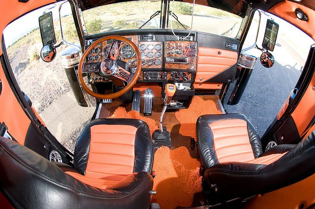 17 Images About Truck Interiors On Pinterest Semi Trucks Peterbilt 379 And Trucks
