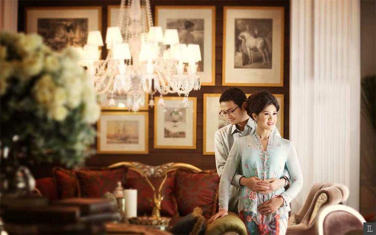 #prewedding #engagement #photo #picture #romantic #story #photography #indoor #jakarta #indonesian #theleonardi #2013