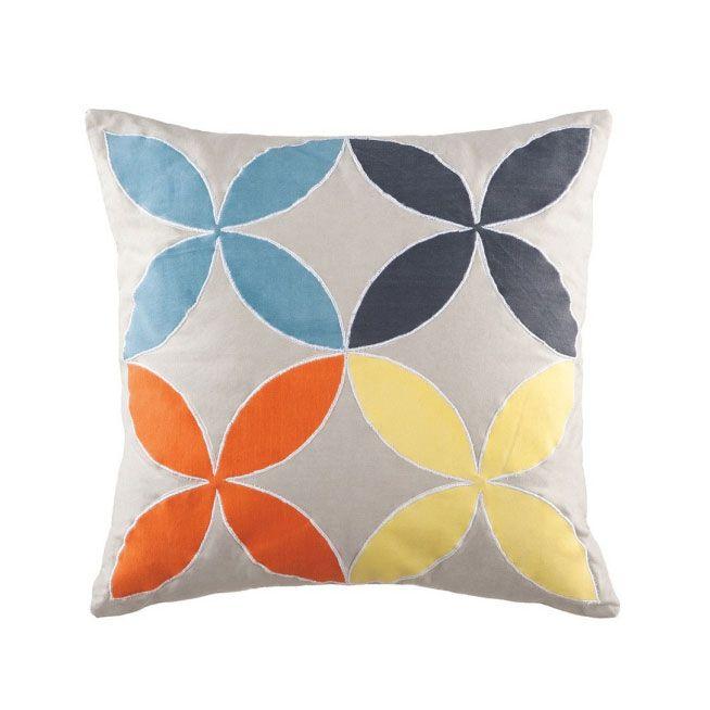 les 43 meilleures images du tableau linen cushions linge de maison coussins sur pinterest. Black Bedroom Furniture Sets. Home Design Ideas