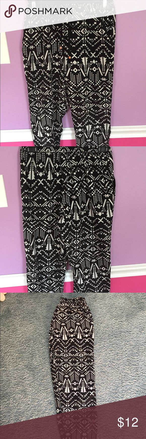 Aztec Pants Lightweight. Black and White.  Aztec pattern. Drawstring Pants. Charlotte Russe Pants Track Pants & Joggers