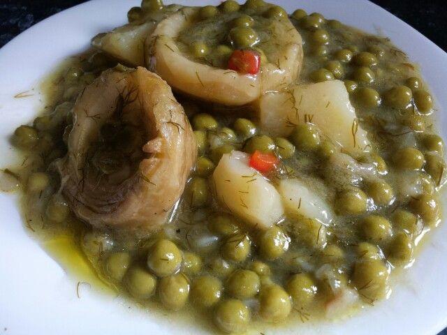 Artichokes with peas (alapolita)