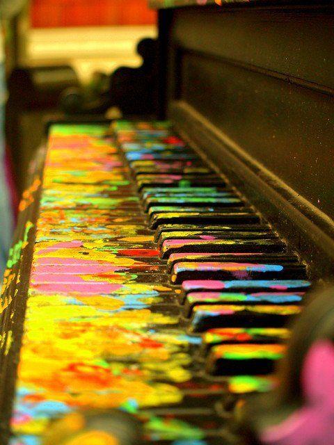 Play.Painting Piano, The Piano, Colors, Rainbows, Old Piano, Piano Keys, Art Installations, Floor Art, Art Music