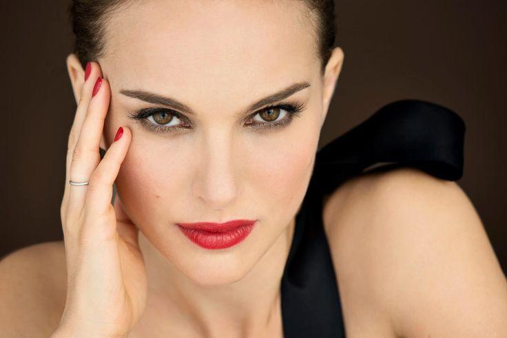 Natalie Portman Backgrounds 4K Download