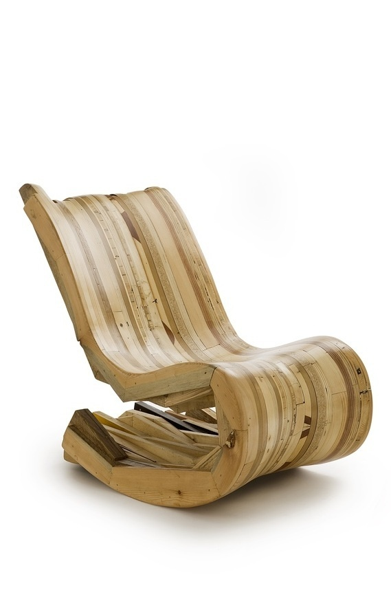 curved armchair made of recycled wood by Controprogetto